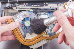 Как механически почистить компьютер и ноутбук, если он медленно работает